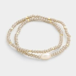 Jewelry - Gray Beaded Fresh Water Pearl Accent Stretch Wrap